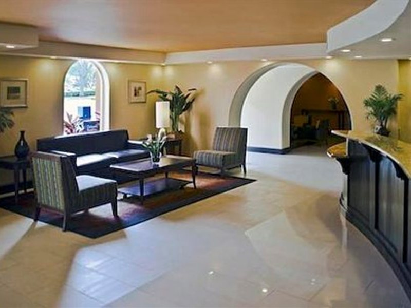 Clarion Inn and Suites at International Drive